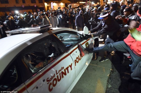 St. Louis police car riots